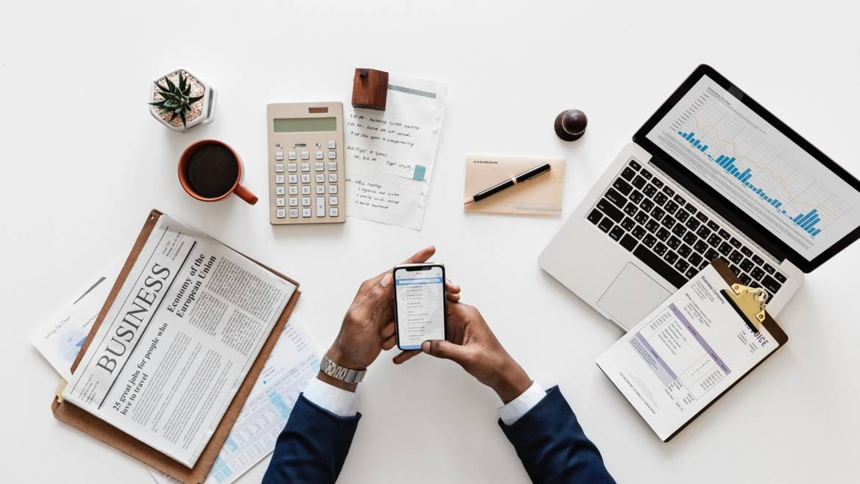 Telefono aziendale: detrazioni e deduzioni